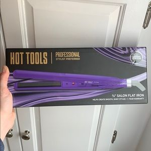 Hot Tools 3/8inch salon flat iron!